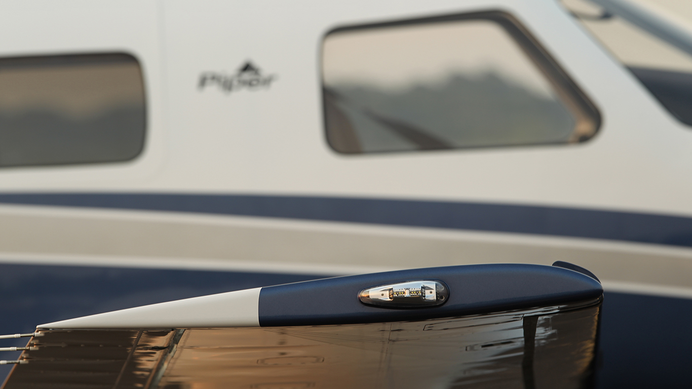 Wing Piper M350