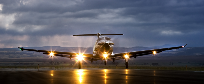Pilatus PC-12 wet runway