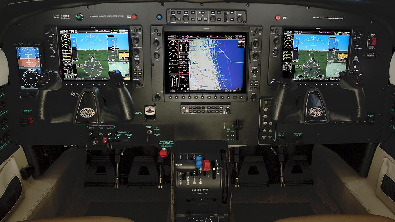 Piper M350 panel