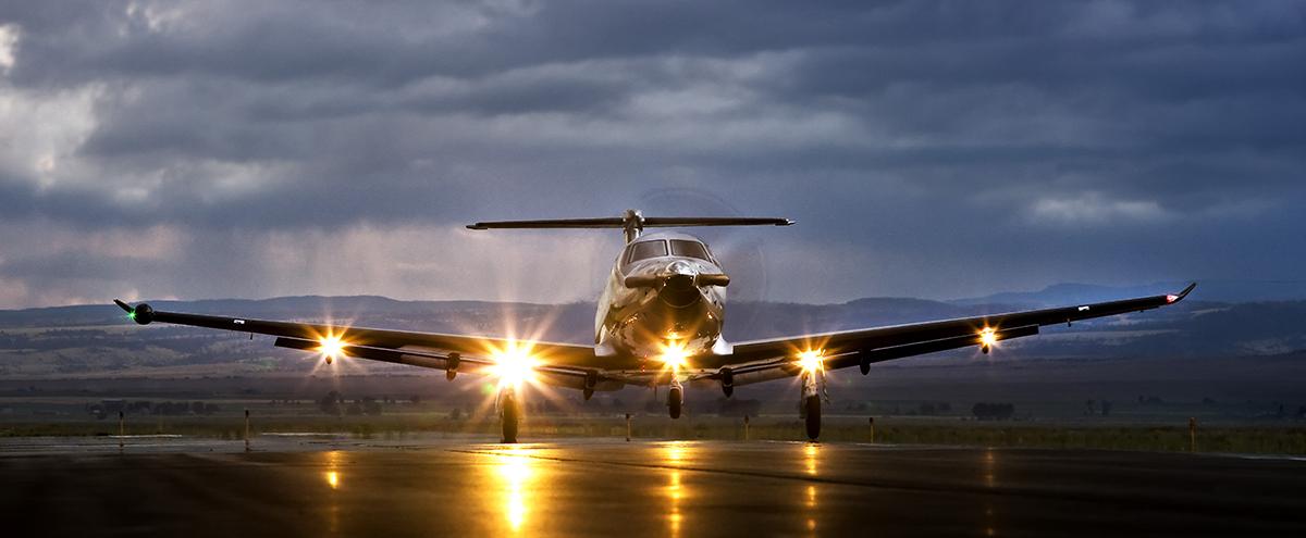 Pilatus PC-12 wet runway